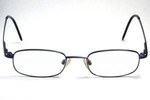 Jak wybrać okulary oraz oprawki do nich?